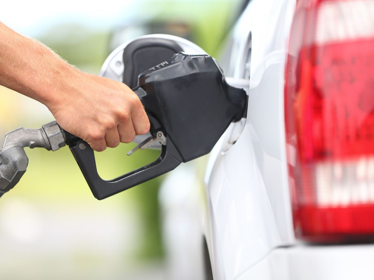 5 common mistakes you might be making at the gas pump