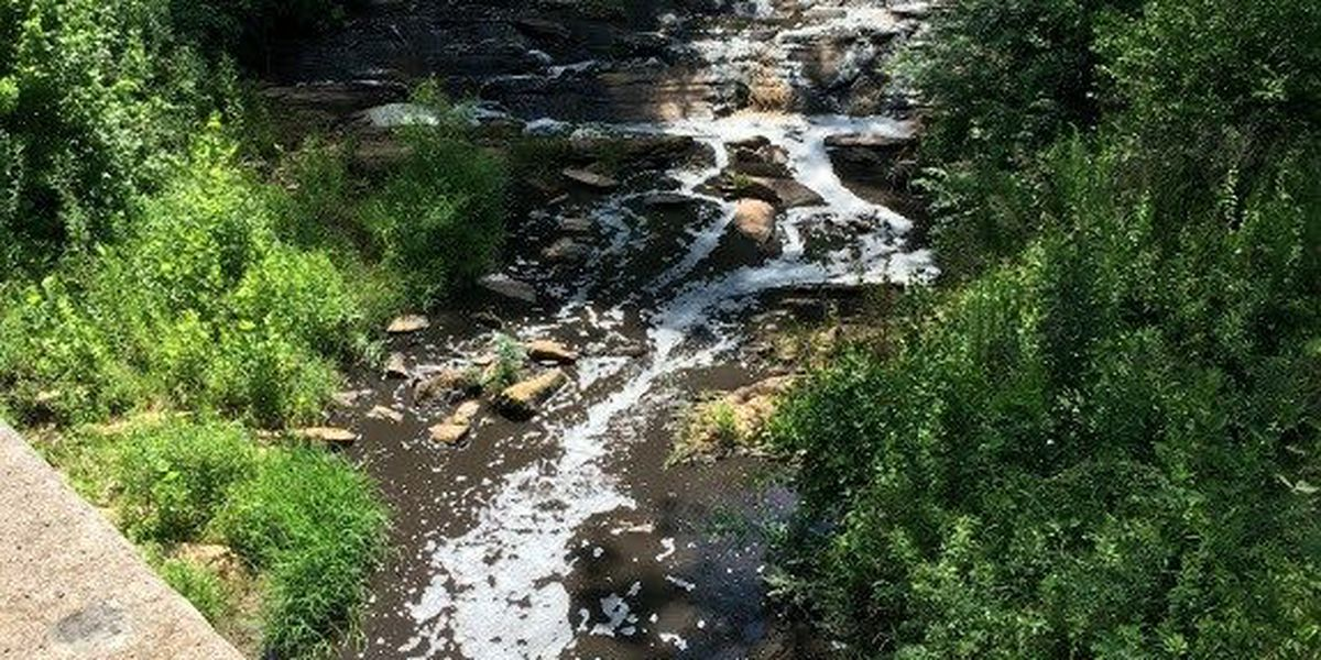 Paddlers warned after gallons of manure spills into creek in Catawba County
