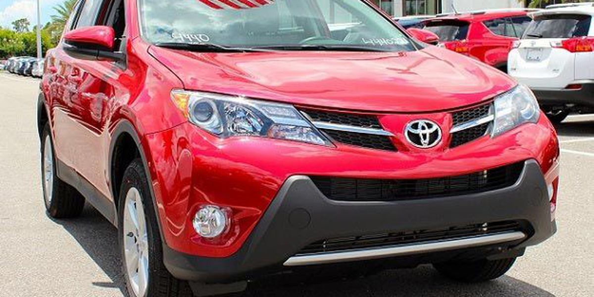 Find out how the 2015 Toyota RAV4 stacks up to the Nissan Rogue!