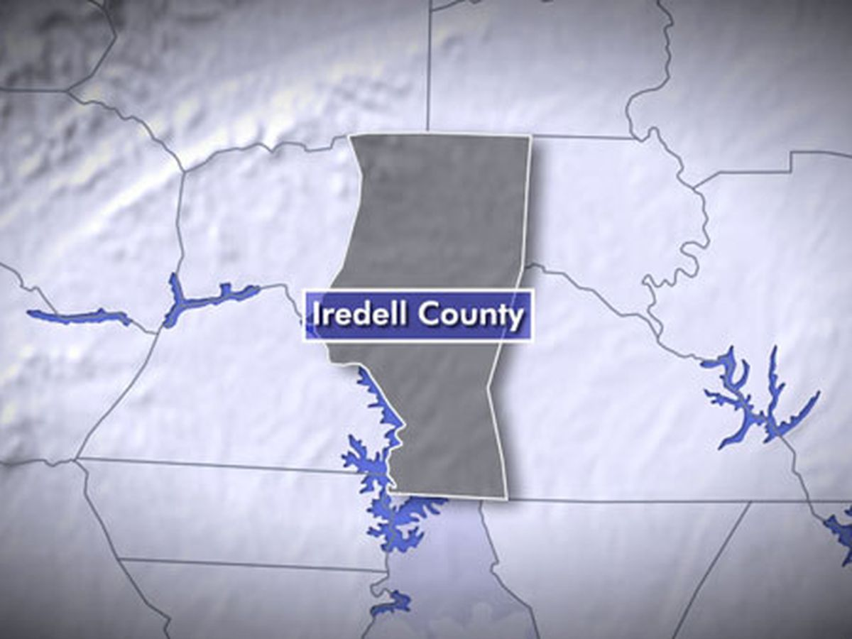 Fatal motorcycle crash in Iredell County