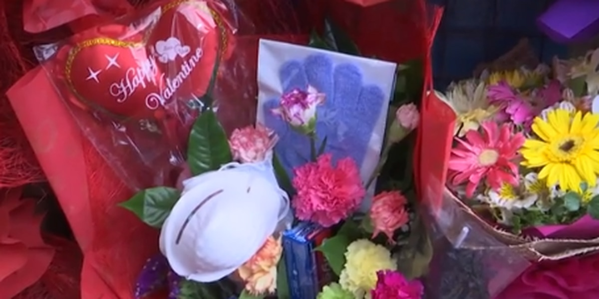Florist in the Philippines selling anti-coronavirus bouquets for Valentine's Day