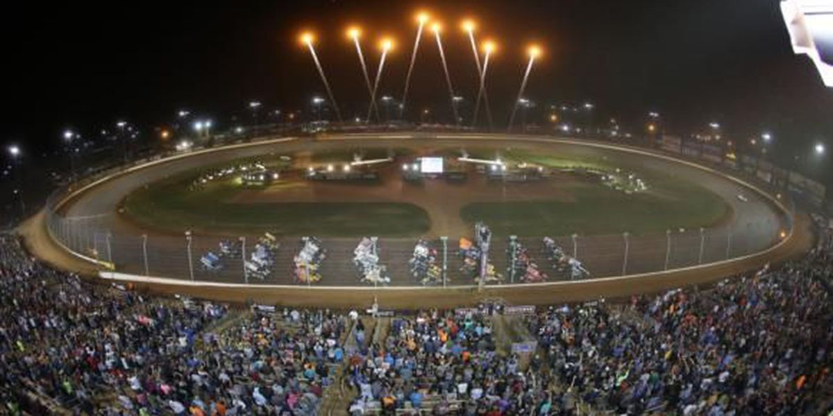 Dirt Track sells out for Saturday night finale