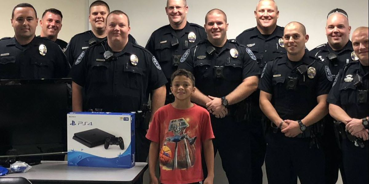 Police replace boy's stolen PlayStation with their own money