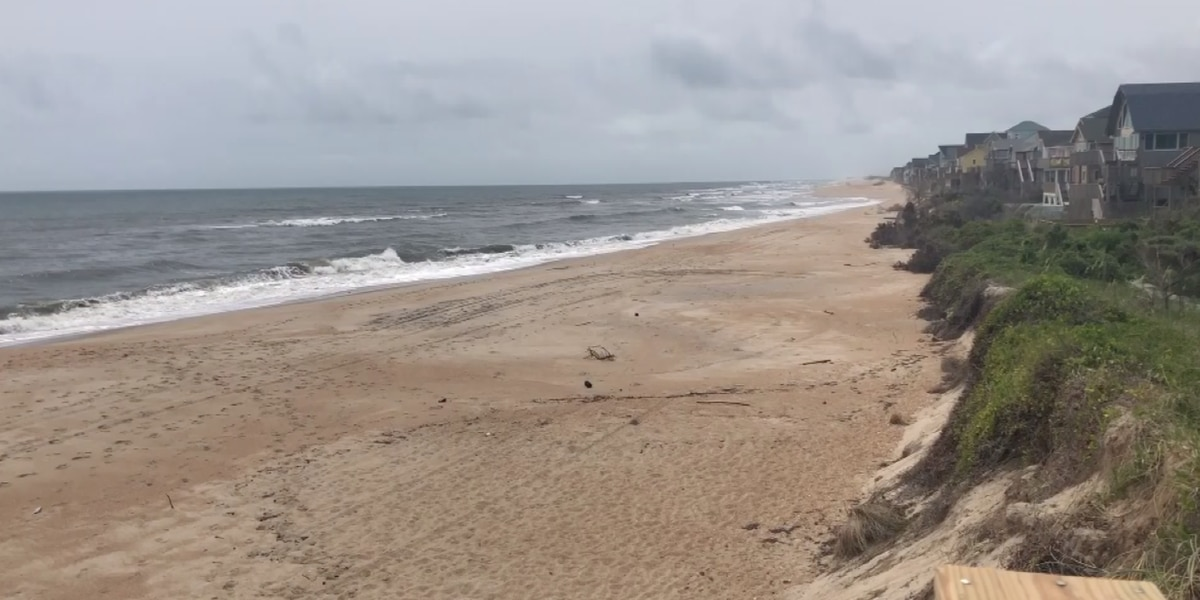 Charlotte man preparing to ride out Isaias in Cape Hatteras