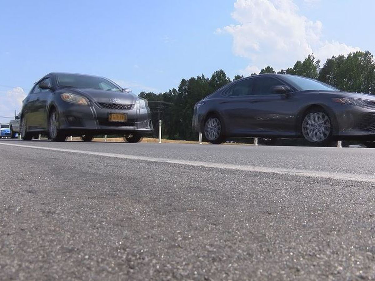 'There's nobody driving that car'; Charlotte woman tells story of emergency on I-77