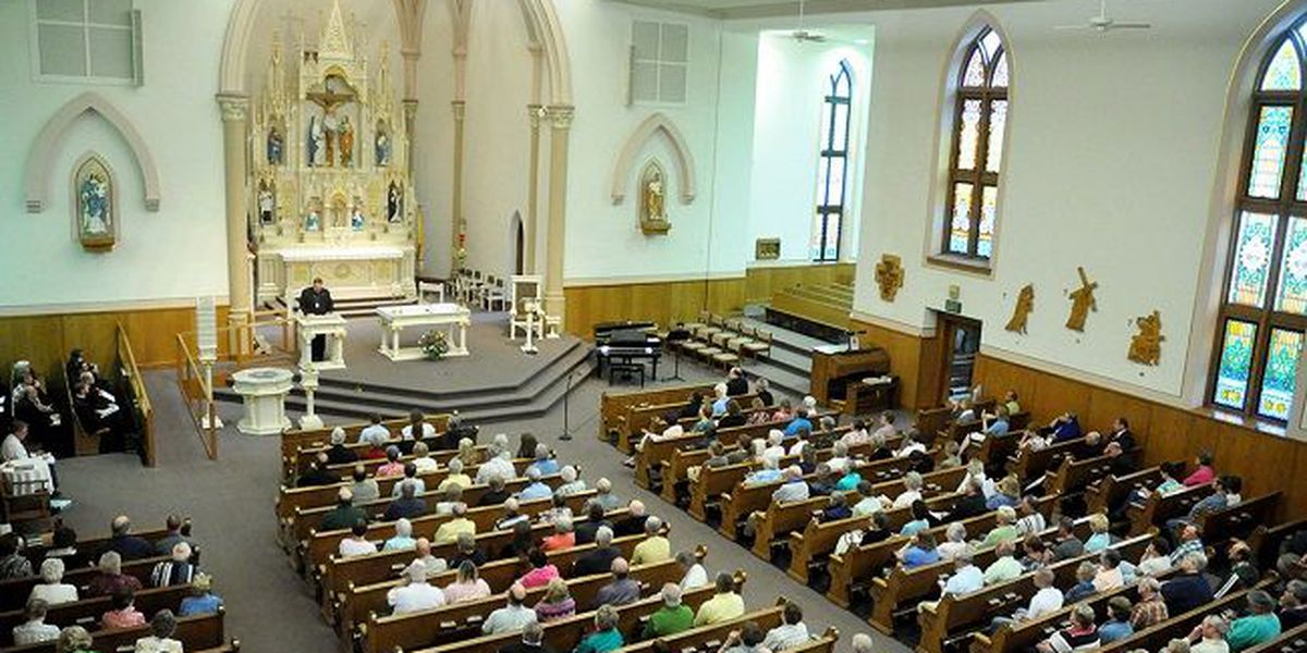 Group of US Catholic bishops urges support for LGBT youth