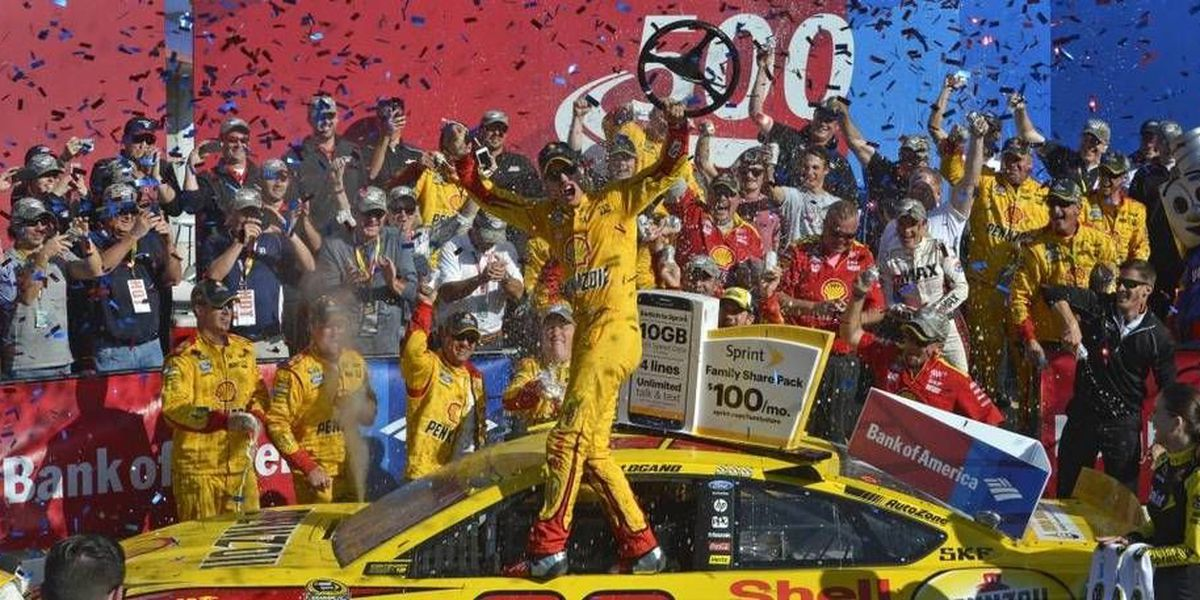 Joey Logano wins Charlotte race, clinches spot in 3rd round of Chase