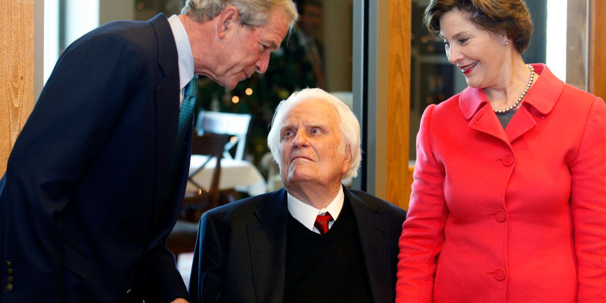Former President George W. Bush to pay respects to Rev. Billy Graham Monday