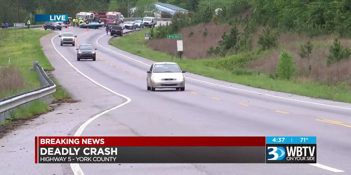 Deadly crash on Hwy 5 in Lancaster County