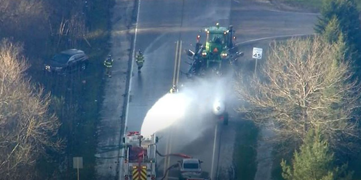 Ammonia leak sends 32 to hospitals in Chicago suburb