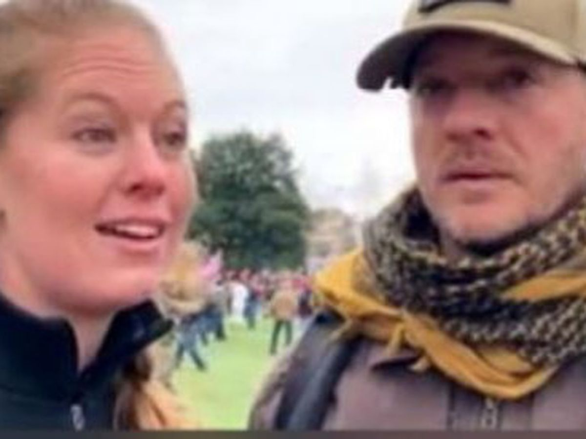 NC man, Texas girlfriend posed inside the Capitol on Jan. 6. Next stop: A courtroom