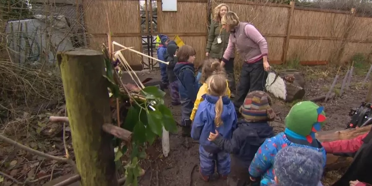 New trend takes students' learning outside