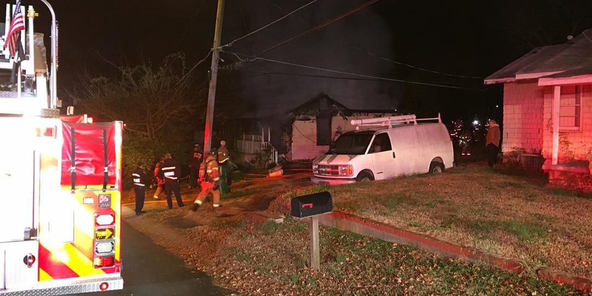 Heavy fire damages house in northwest Charlotte