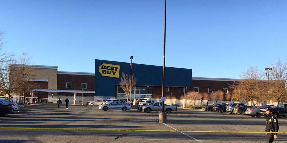 Person shot in parking lot of north Charlotte Best Buy