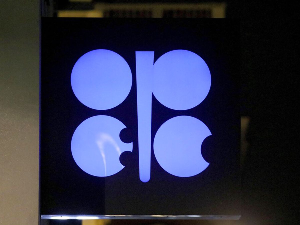 OPEC talks on oil production to go into second day