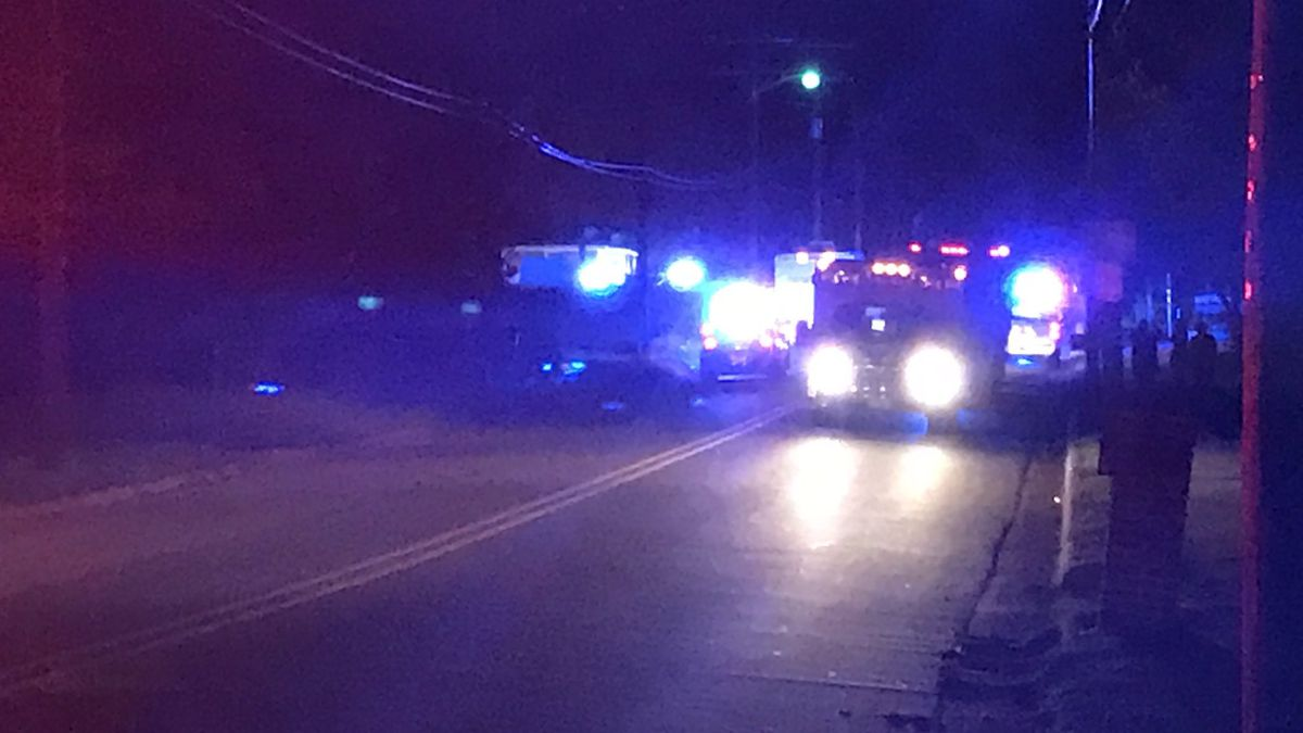 Man airlifted to hospital after shooting in Salisbury, suspect not found