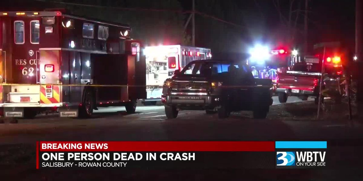 Person killed in crash in Rowan County