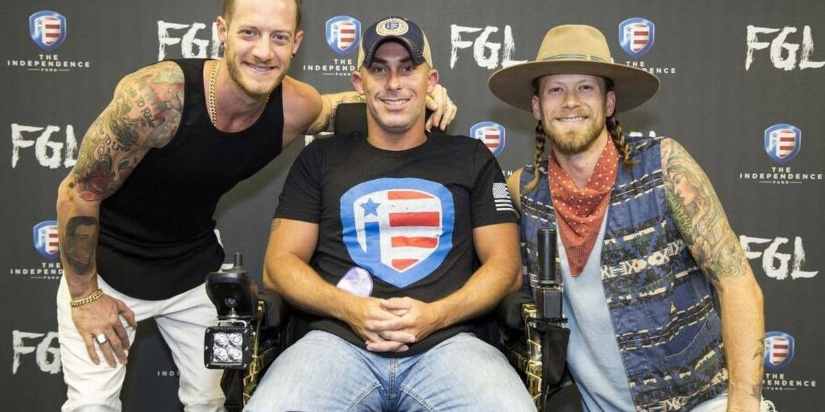 This is how Florida Georgia Line rolls: By presenting $18,000 chair to wounded N.C. vet