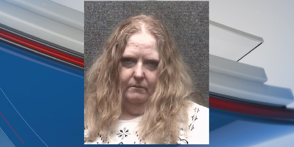 Woman accused of driving through door of Myrtle Beach convenience store after cigarette dispute