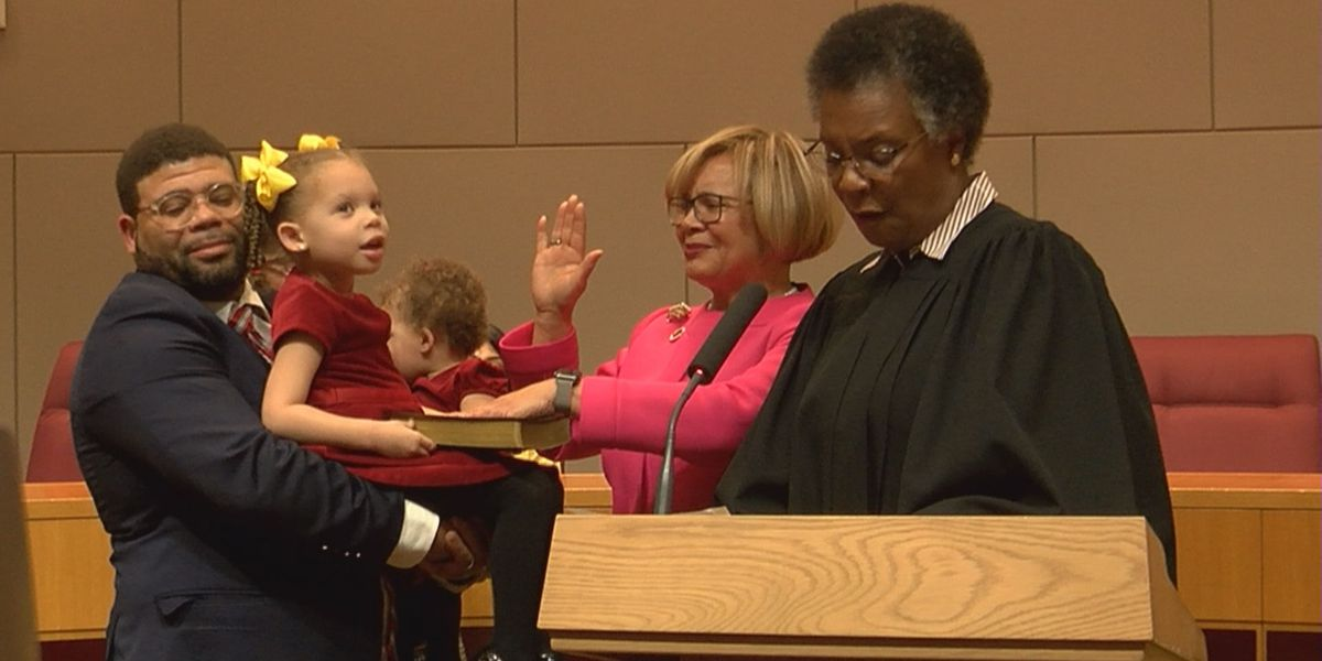 Mayor Lyles focuses on homicide problem solutions during council swearing-in