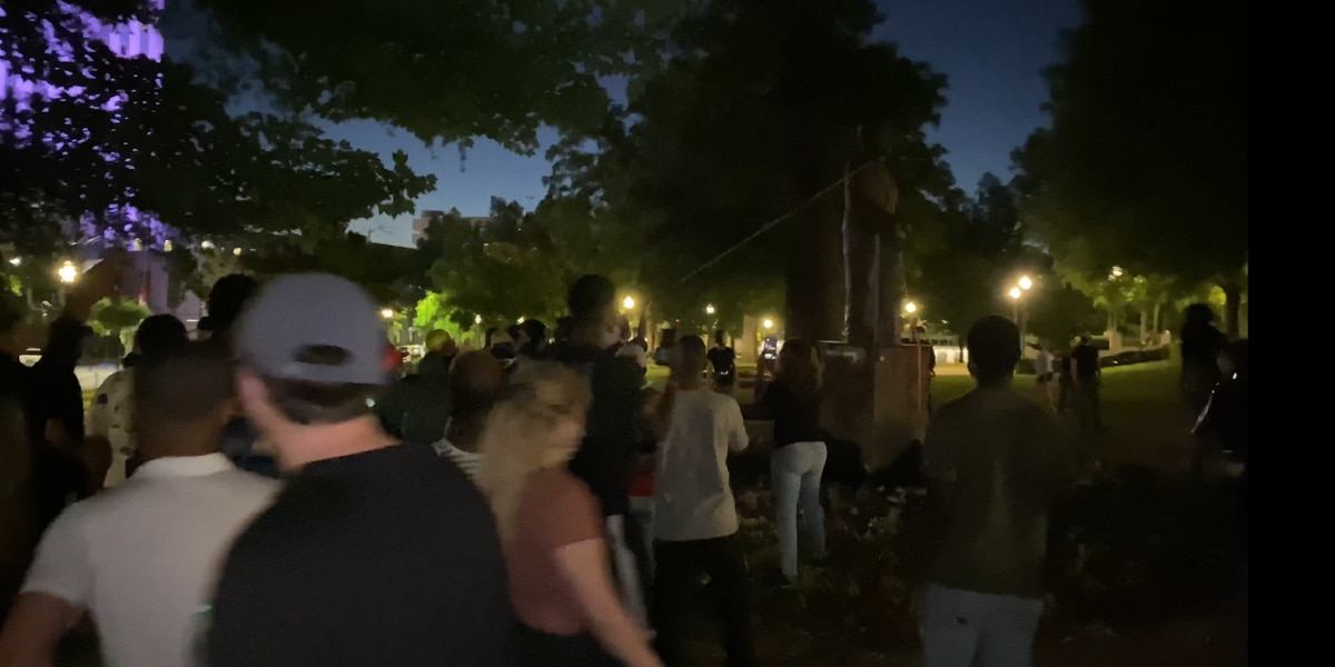 Protesters tear down statue, damage Confederate monument, smash windows and start fire in Birmingham