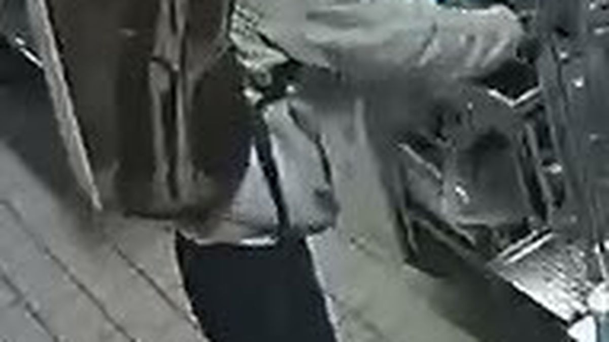 Matthews Police investigating break-ins at Sycamore Commons shopping center