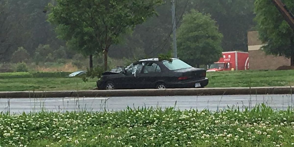 Wreck, traffic light outage closes part of Freedom Drive in west Charlotte