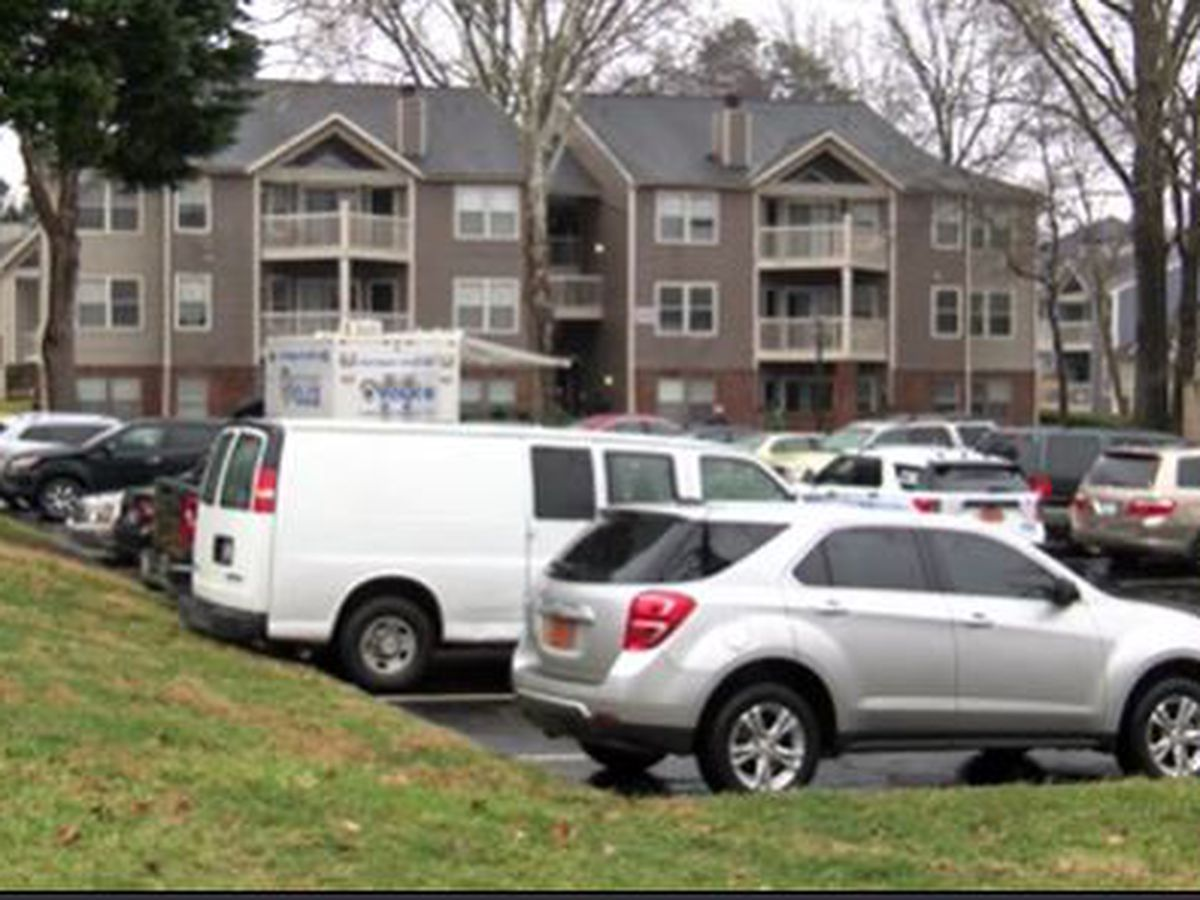 One man dead, another arrested after double shooting in southeast Charlotte