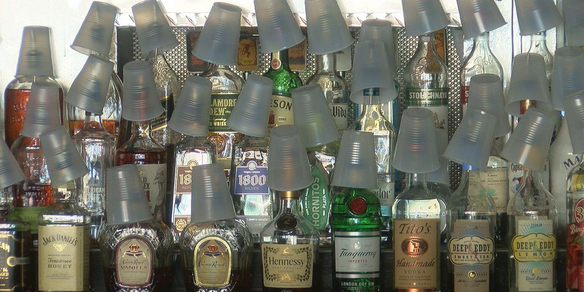 Florida bars to reopen even as state battles coronavirus