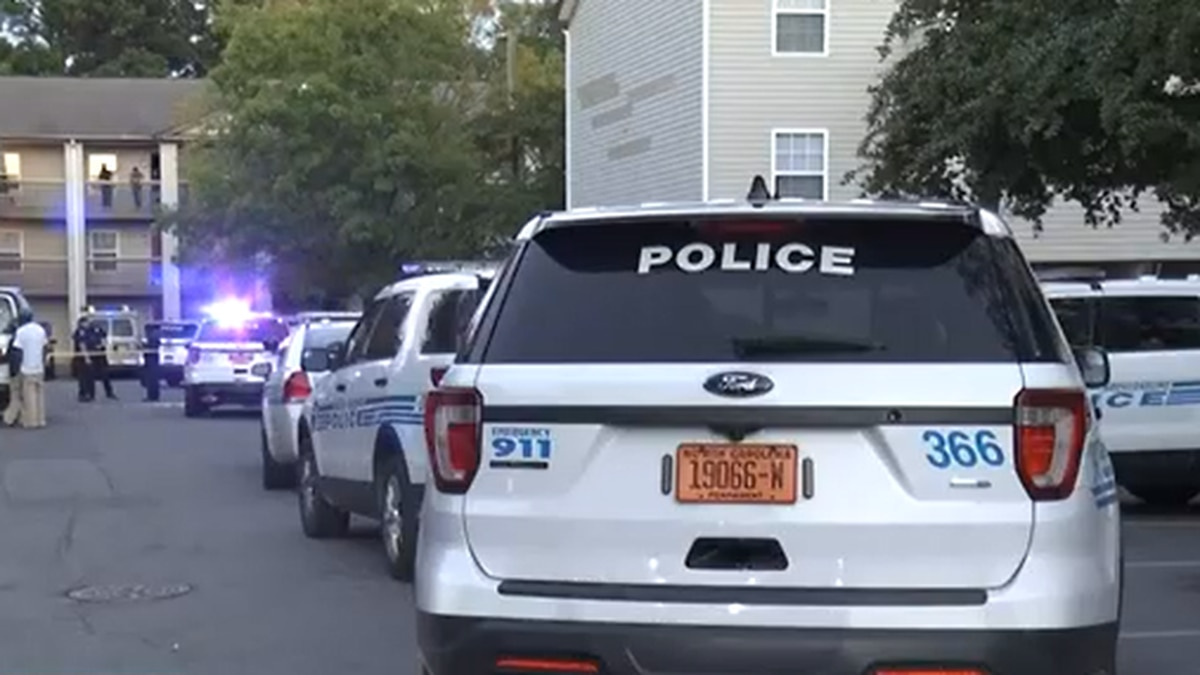 Two children, ages 5 and 11, shot in Charlotte, rushed to hospital