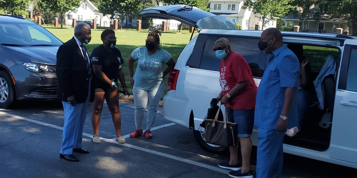 Freshmen move in at Livingstone, get tested