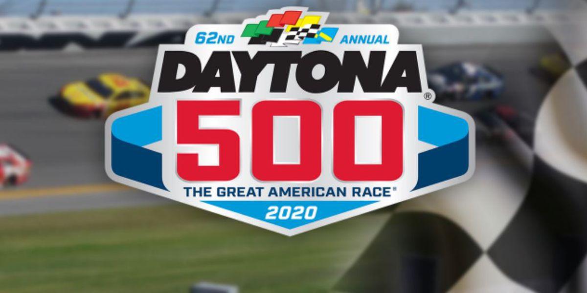 Rains postpones Daytona 500, dampening event, Trump's visit