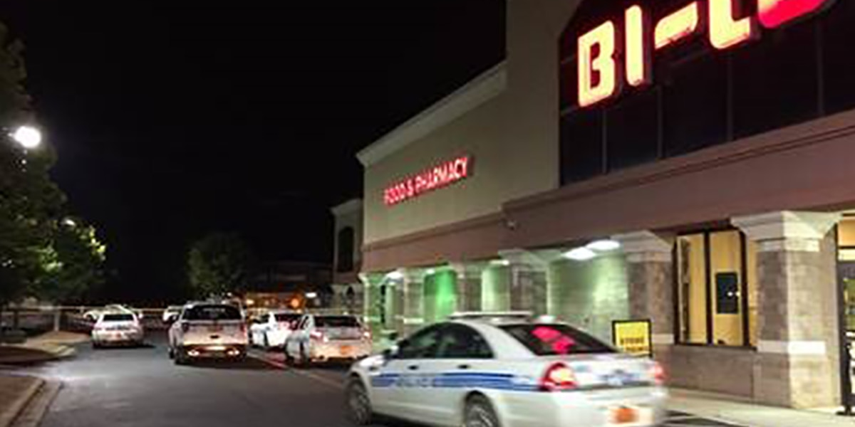 Victim identified in homicide in Charlotte shopping center parking lot