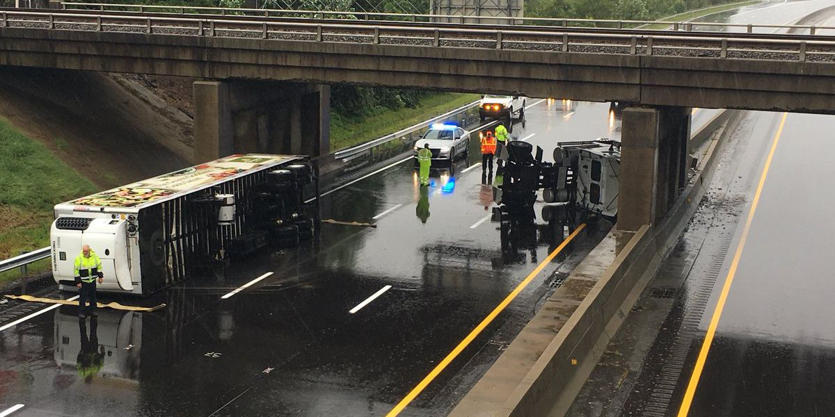 Stretch of I-85 N closed in Gaston County due to overturned tractor trailer