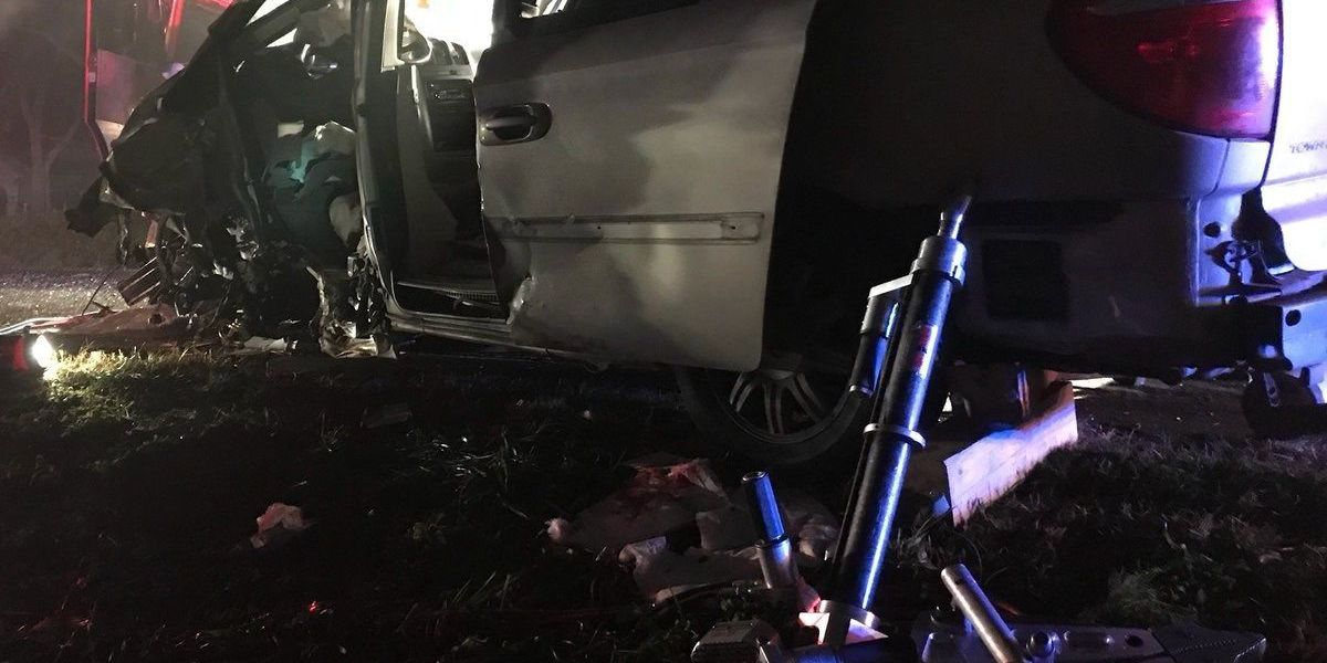 Two extricated, seriously injured in four-vehicle Catawba County wreck