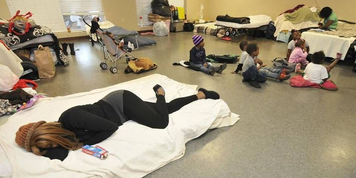 Charlotte homeless survey finds 4,388 CMS students were without homes in 2014-15