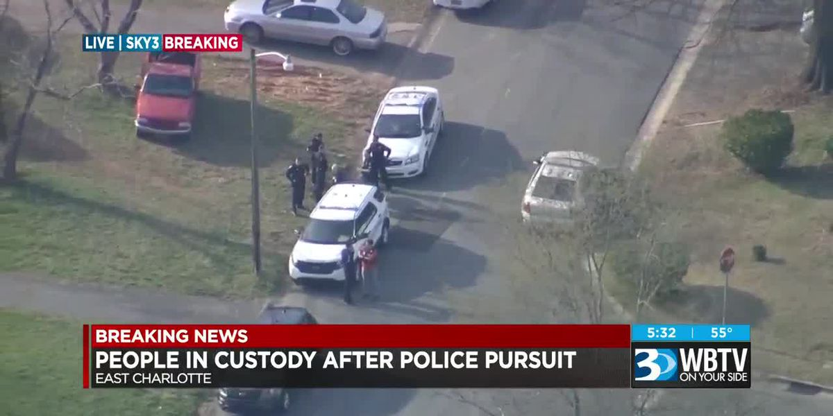 Suspects detained after high-speed chase weaves in and out of northeast Charlotte traffic for miles