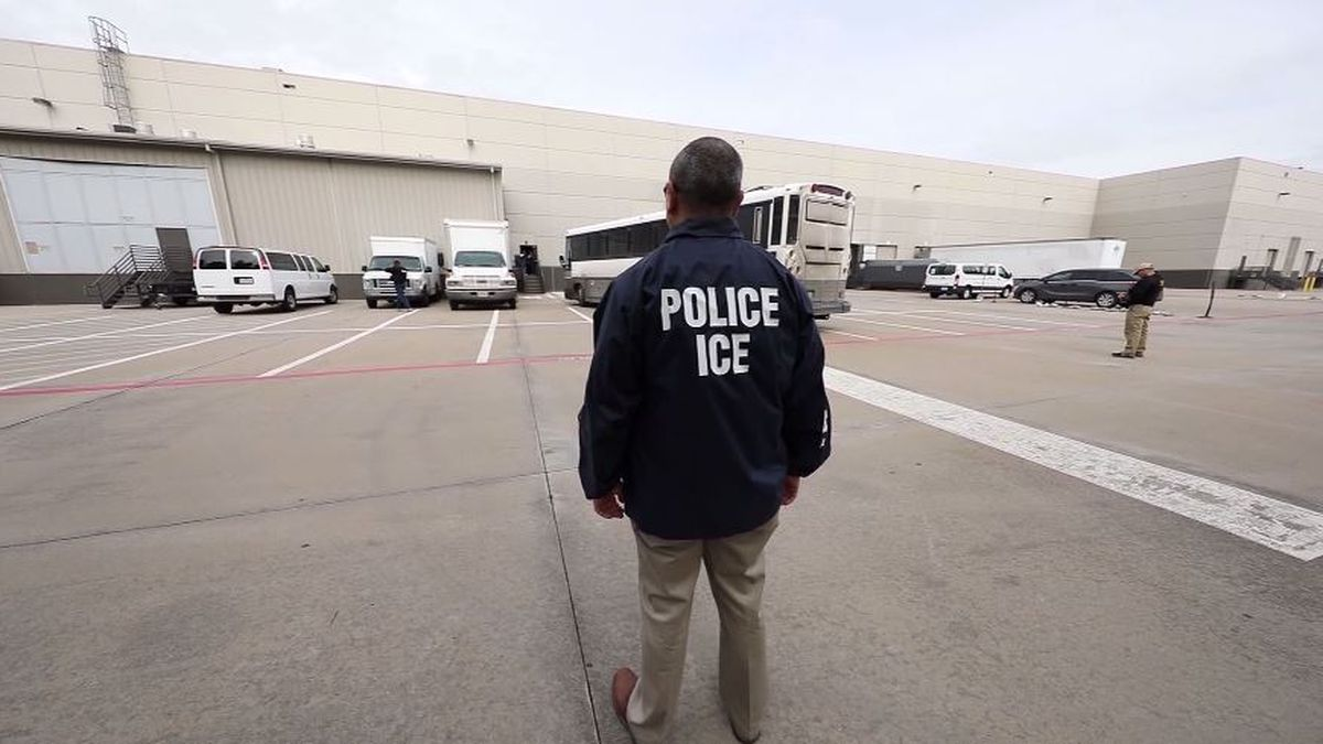NC House passes bill requiring sheriffs to cooperate with ICE, bill heads to Gov. Roy Cooper