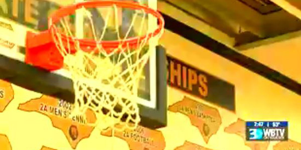 Shelby deals with postponed basketball state championships