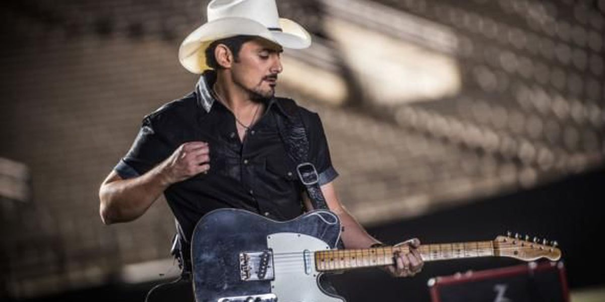 Brad Paisley to perform at zMAX Dragway in October