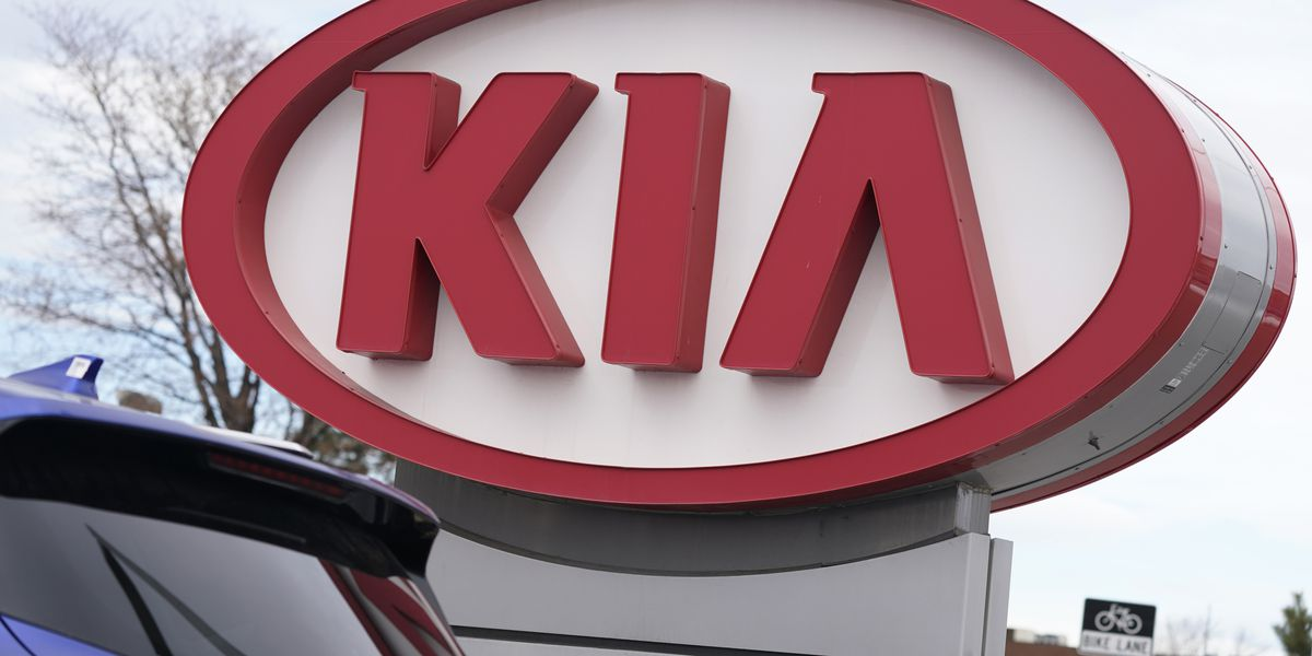 Kia recalls vehicles a 2nd time; owners should park outside