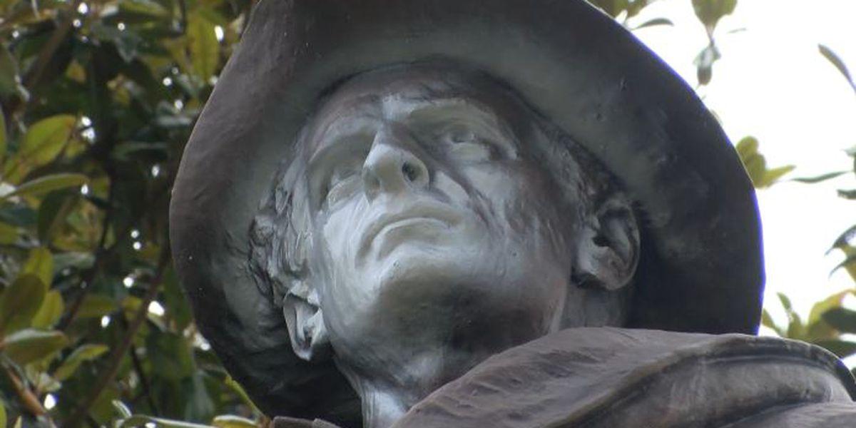 Vandal paints face of confederate statue in Morganton