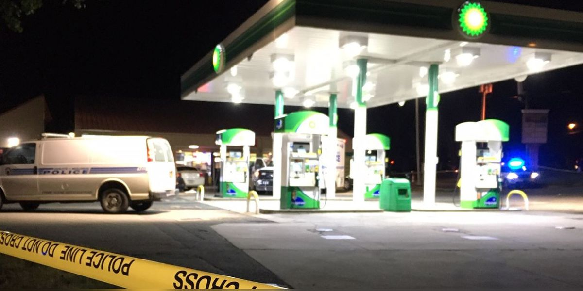 Male shot, killed in car outside Charlotte gas station
