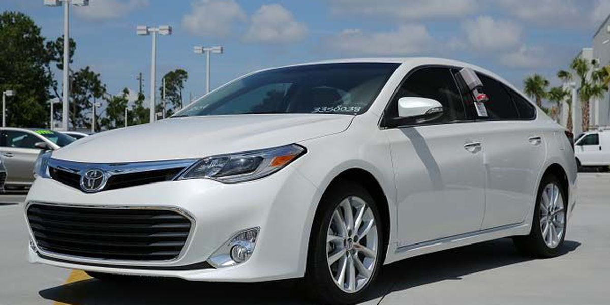 Ride in first class this summer with the Toyota Avalon!