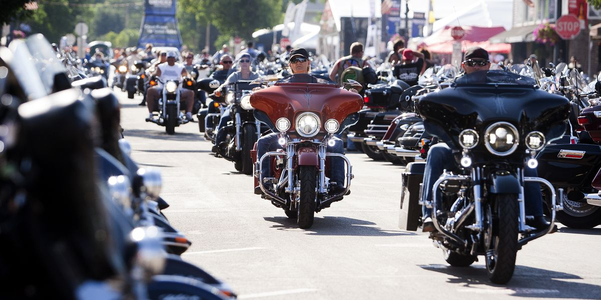 84 arrests, 226 citations and 18 crashes reported in 24 hours at massive motorcycle rally in South Dakota