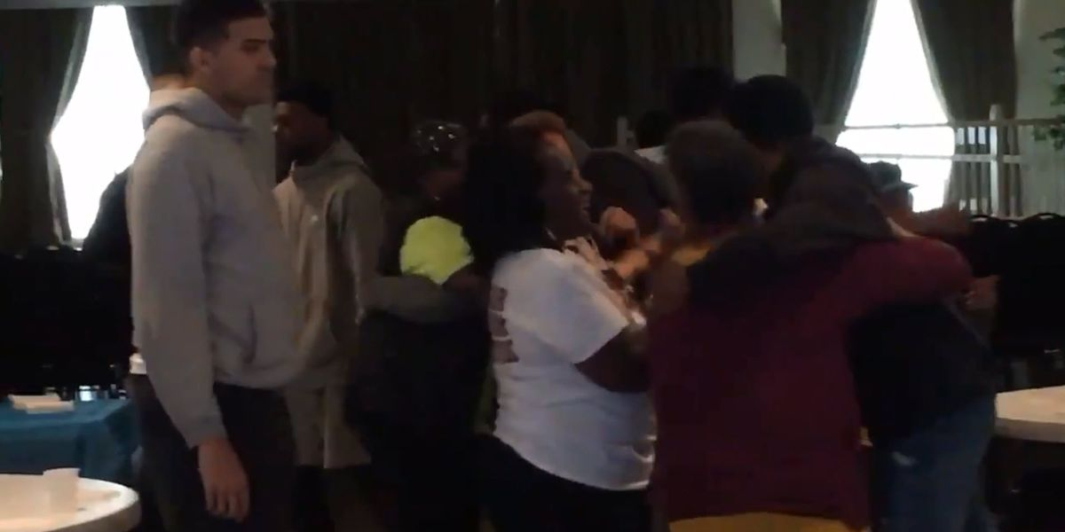 West Charlotte HS basketball team gets special dinner before heading to championship