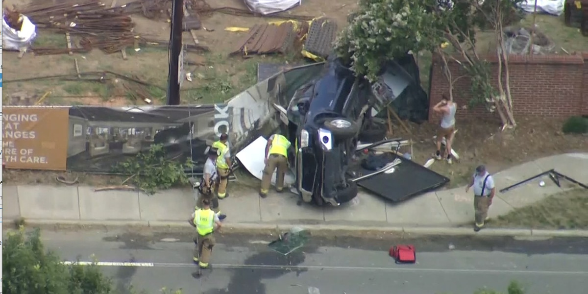 Four injured in three-car crash in south Charlotte