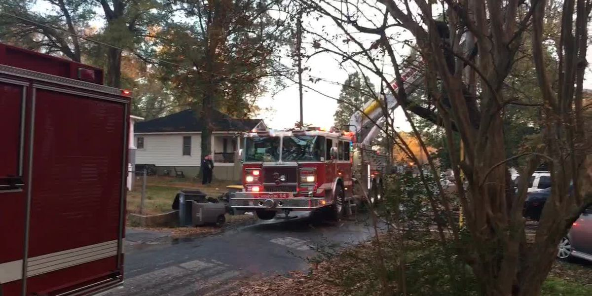 One person killed, three firefighters injured in Kannapolis house fire