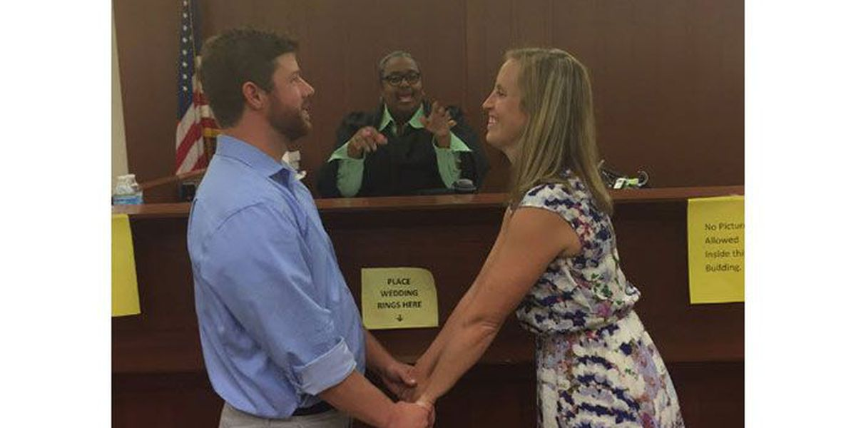 Hurricane Matthew cancels Outer Banks wedding for Charlotte couple