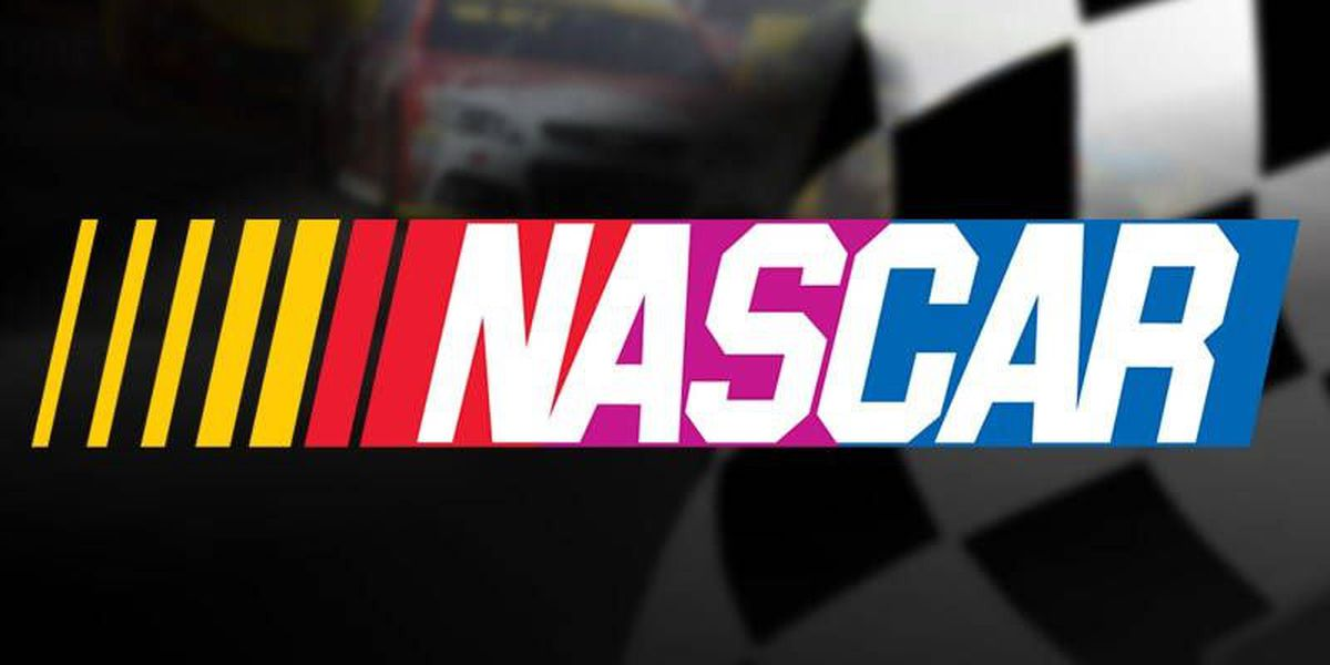 NASCAR hosts 'UnDeck the Hall' event for fans to pick racing gift